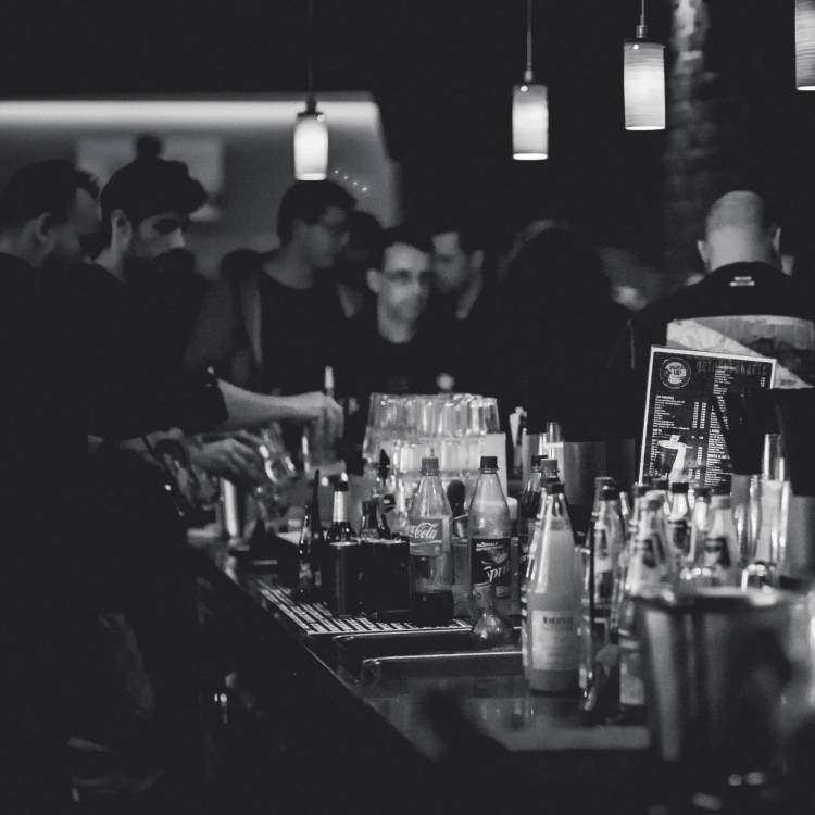 7 Ways To Make Your Event's Bar More Exciting